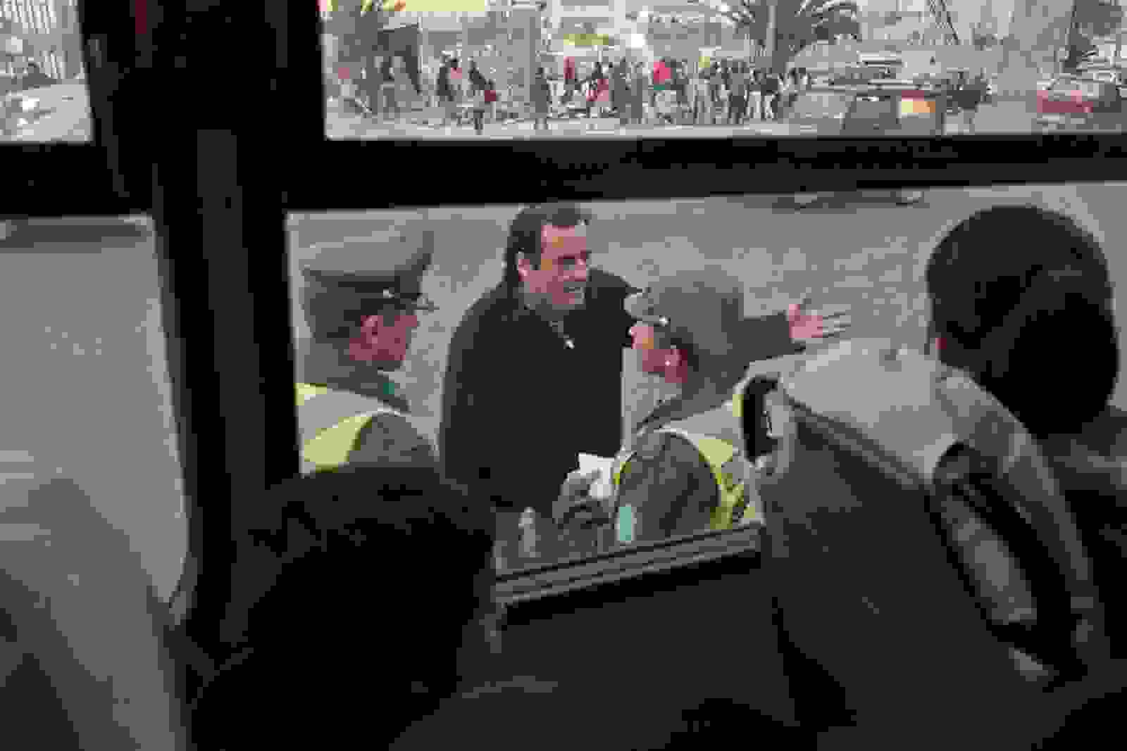 A bus driver argues with police in Valparaíso, Chile